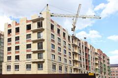 В России стали вводить больше жилья