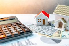 Аналитики подсчитали, сколько доходов россиян уходит на ипотеку