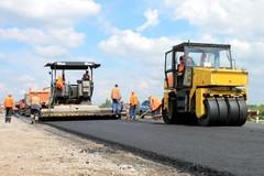 Путин поручил пересмотреть цены на строительство дорог