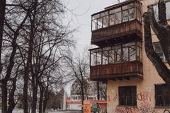 Россиян из аварийного жилья предложили расселять в индивидуальные дома