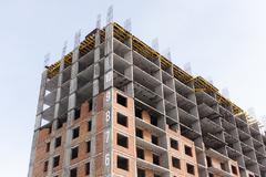 В России более половины жилья строят с помощью проектного финансирования и счетов эскроу