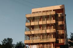 «ДОМ.РФ» предоставит квартиры для переселения людей из аварийного жилья