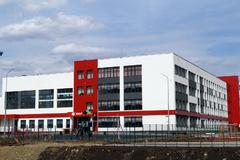На строительство и ремонт школ потратят 144,6 миллиарда рублей