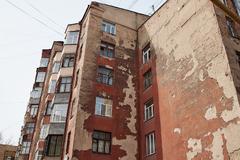В России более полумиллиона человек живут в домах, признанных аварийными