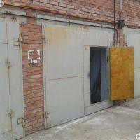 Капитальный гараж,  ул. Братская, 21Б-фото1
