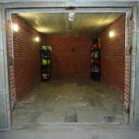 Капитальный гараж,  ул. 5 Армии, 12-фото1