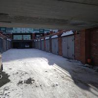 Капитальный гараж,  ул. Дианова, 20к1-фото1