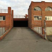 Капитальный гараж,  ул. Дмитриева, 8к4-фото1