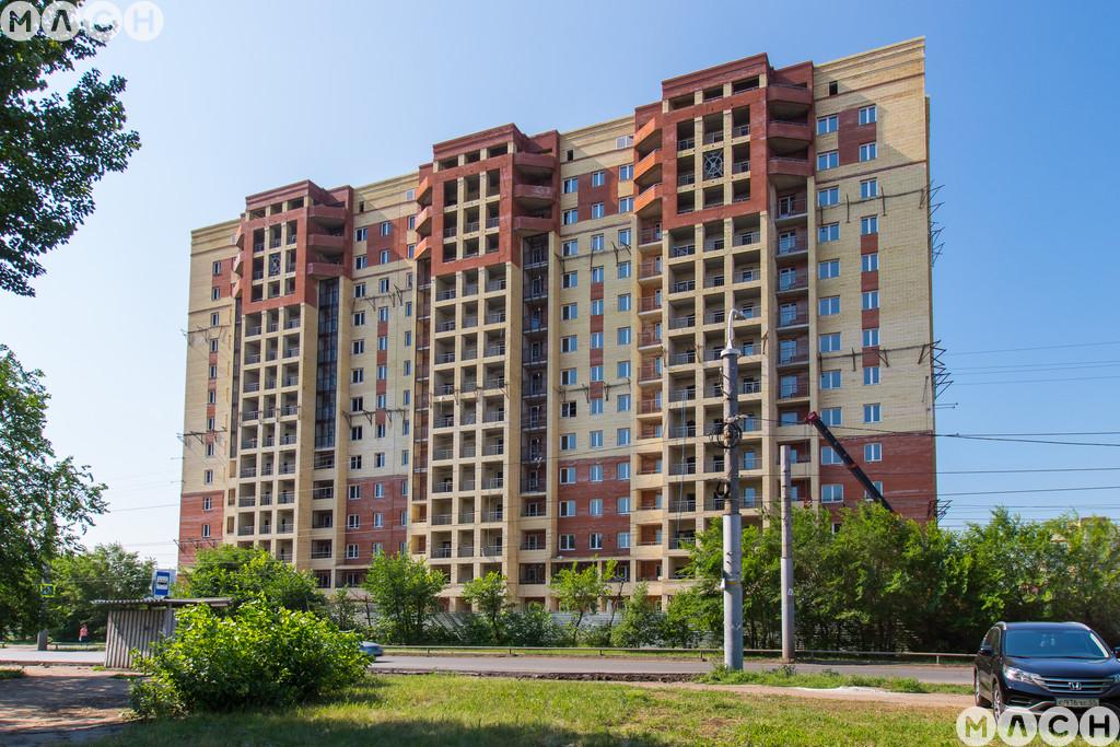 Жилой комплекс-Дома на пр. Комарова, 13 к1, 15стр