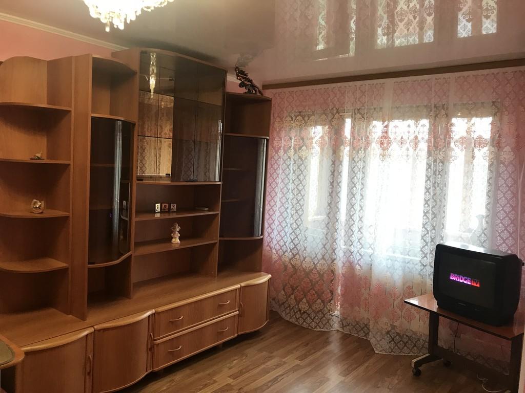 Продается однокомнатная квартира за 1 799 000 рублей. Омск, Ленинский, ул. Сулеймана Стальского, 6.