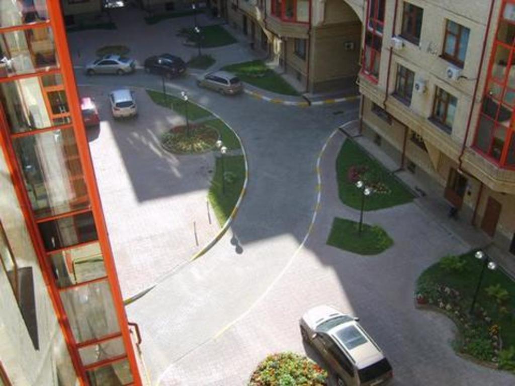 Продается двухкомнатная квартира за 7 650 000 рублей. Жуковский, ул. Чкалова, 1.