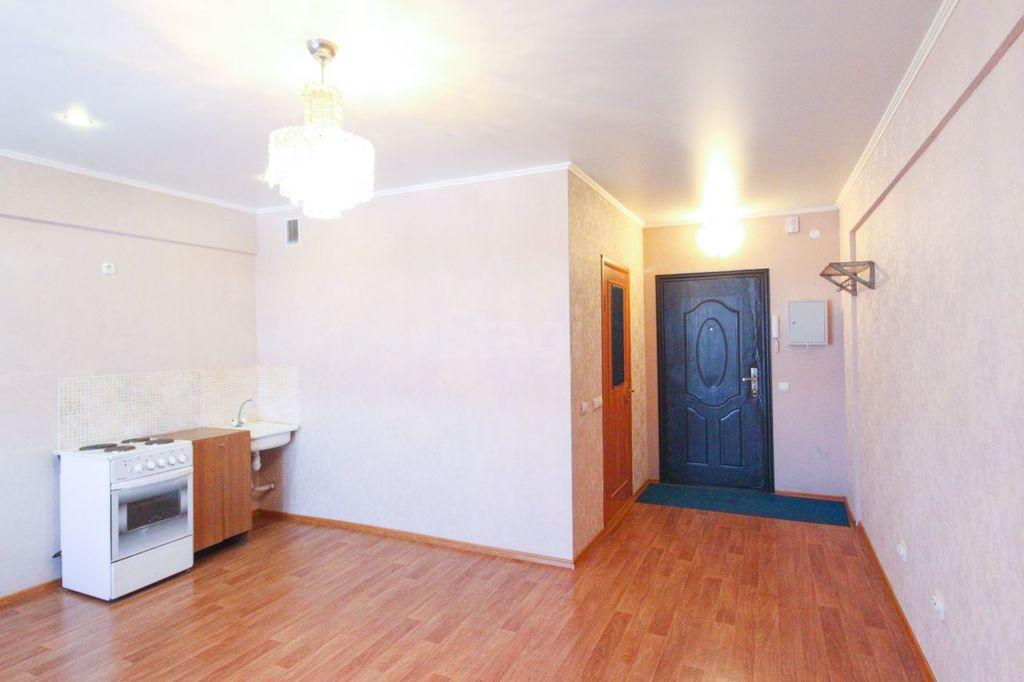 Продается однокомнатная квартира за 1 140 000 рублей. Омск, Кировский, ул. Мельничная, 87 к3.