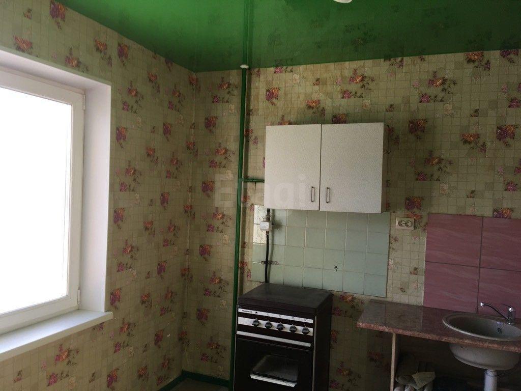 Продается однокомнатная квартира за 1 720 000 рублей. Омск, Кировский, ул. Лукашевича, 27А.