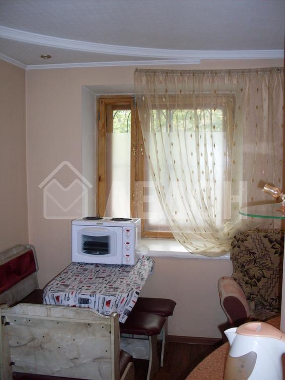 Продается однокомнатная квартира за 1 125 000 рублей. Омск, Советский, б-р. А.Петухова, 1.