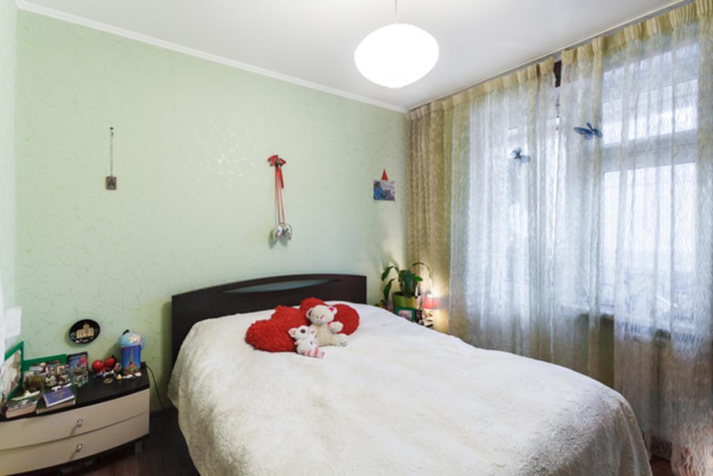 Продается четырехкомнатная квартира за 10 400 000 рублей. Москва, Северный, ул. Петрозаводская, 22.