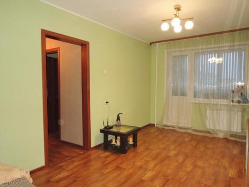 Продается двухкомнатная квартира за 2 400 000 рублей. Кемерово, Заводский, пер. Молодежный, 12а.
