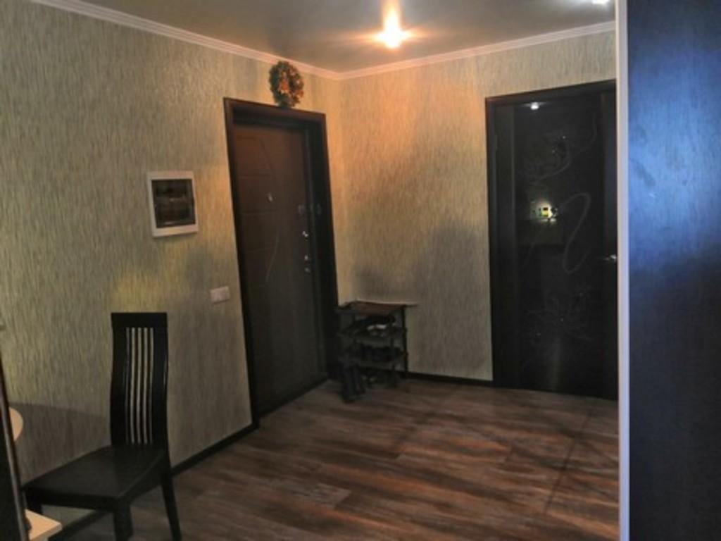 Продается двухкомнатная квартира за 3 500 000 рублей. Саратовская обл, г Энгельс, ул Студенческая, д 68а.