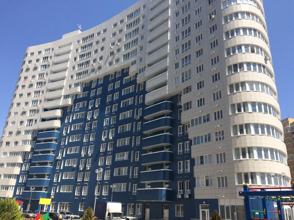 Продается двухкомнатная квартира за 4 350 000 рублей. г Краснодар, ул Старокубанская, д 2/23.