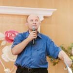 Специалист Анатолий